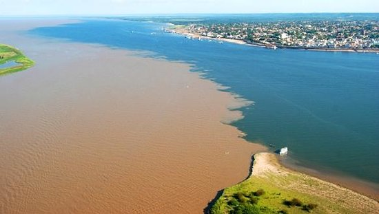 Meeting of the waters - Rio Negro & Rio Salimoes